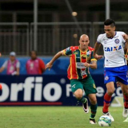 Bahia vence Sampaio Corrêa nos acréscimos e assume o 2º lugar na Série B; veja o gol
