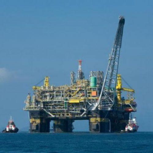 Câmara aprova MP que autoriza venda direta do óleo do pré-sal