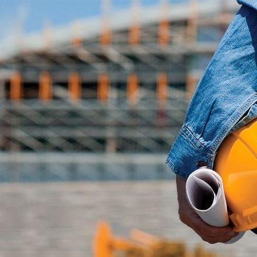 Emprego na construção civil recua pelo 24º mês seguido