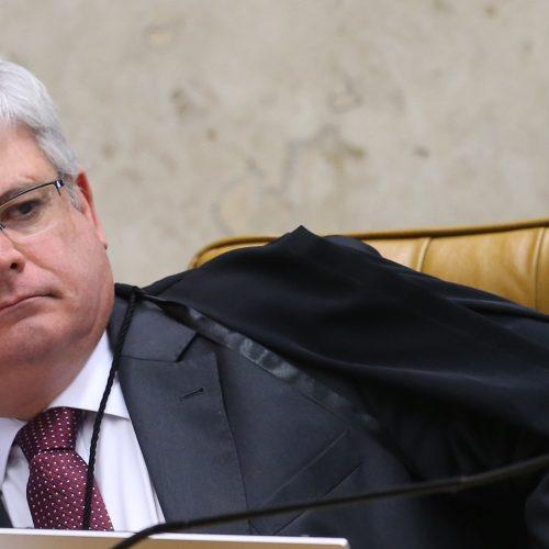 Janot diz que Lava Jato 'envergou a vara' da corrupção endêmica no País