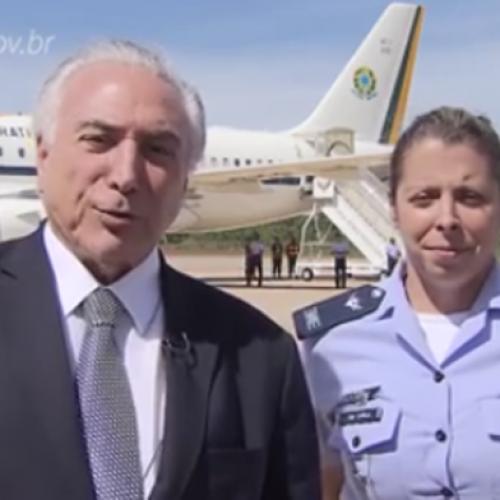 Capitã da FAB é a primeira mulher a pilotar avião presidencial