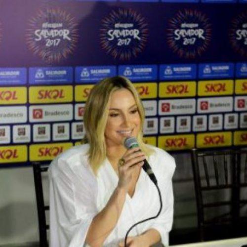 Claudia Leitte destaca geração de emprego no maior Réveillon do Brasil