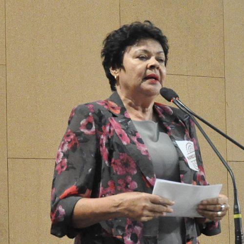 'Dia lastimável para estado social', diz Luiza Maia sobre aprovação da PEC 55