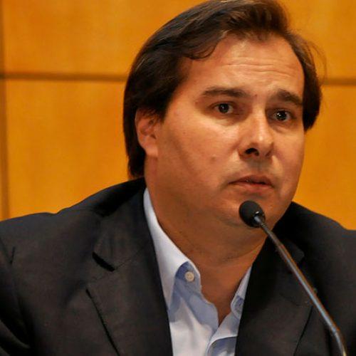Maia, sobre Renan: 'Essa é uma decisão do Senado, não da Câmara'