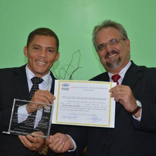 Marcelino Galo recebe título de cidadão em Santa Bárbara