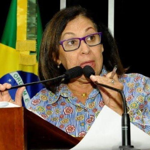 No Dia Internacional da Mulher, Lídice fala sobre violência, previdência e homenageia policial baiana