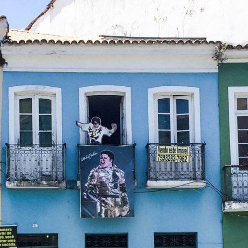 Casa em que Michael Jackson gravou clipe no Pelourinho está à venda