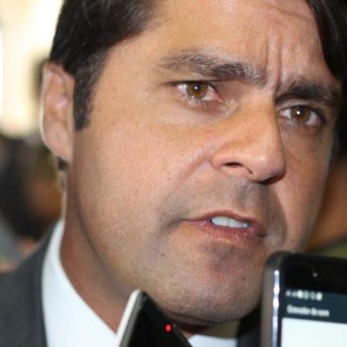 Paulo Câmara descarta candidatura e acredita na vitória de Leo Prates para presidente