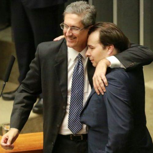 Rosso aposta em corpo-a-corpo para entrar na presidência da Câmara