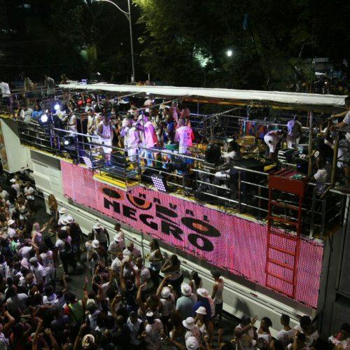 Blocos afro e grupos de samba agitam o Carnaval Ouro Negro