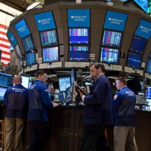 Dow Jones acumula dez recordes consecutivos pela primeira vez em 30 anos