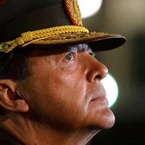 Ex-chefe do Exército argentino é detido por violações dos Direitos Humanos
