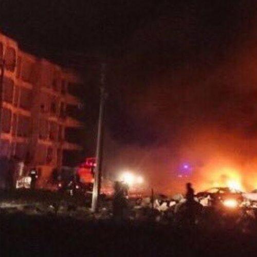 Explosão de carro-bomba deixa um morto e 17 feridos no sudeste da Turquia