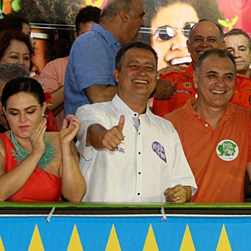 Governador acompanha início do carnaval sem cordas no Campo Grande