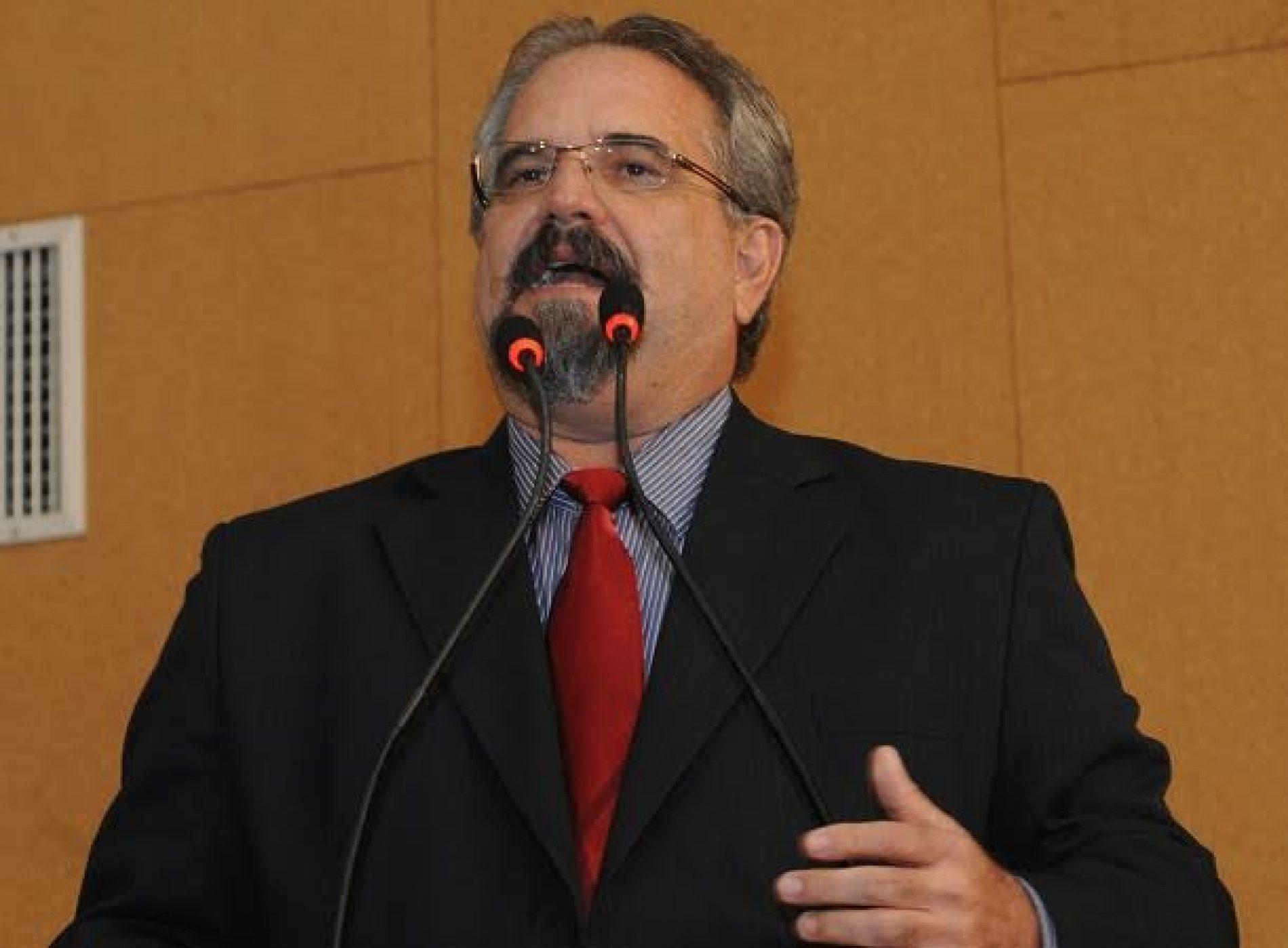 Galo elogia iniciativa da UFRB em entregar título de doutor honoris causa a Lula