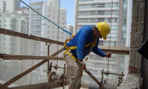 Melhora expectativa dos empresários da construção civil, diz CNI