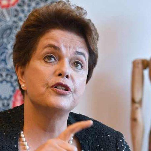 Dilma acompanha com 'serenidade' julgamento do TSE, diz advogado