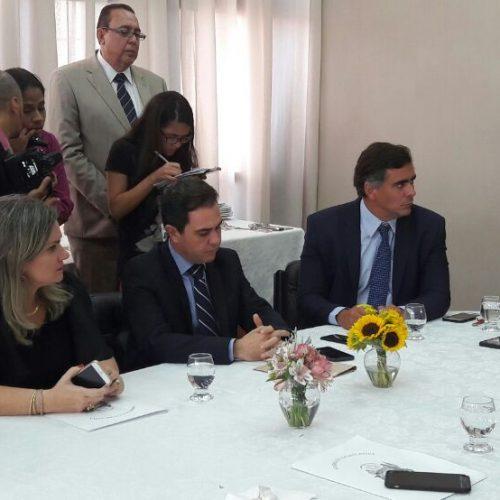Oposição diz que criação do Colégio de Líderes atende reivindicação do grupo e democratiza votações na Alba