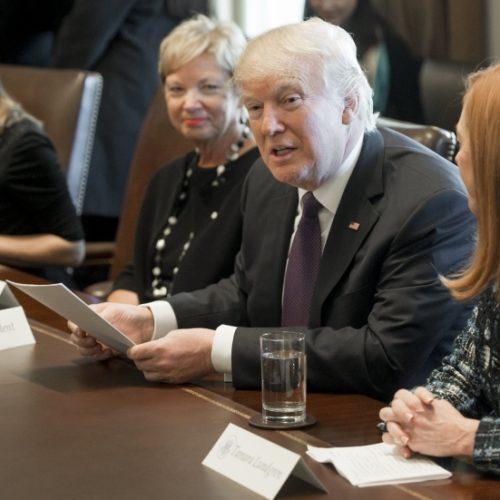 Trump quer facilitar acesso a capital para mulheres empreendedoras