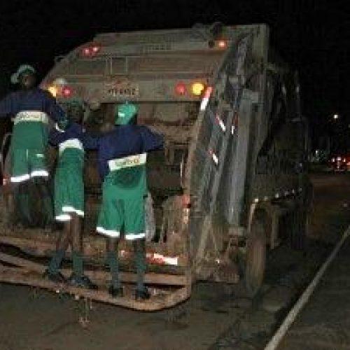 Gari morre atropelado por caminhão de lixo em Ipirá