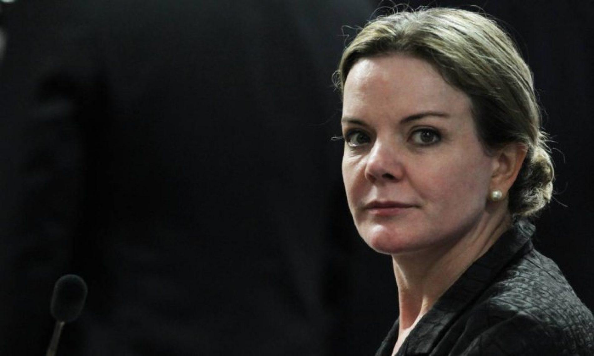 Ministro do STF libera ação penal contra Gleisi para julgamento