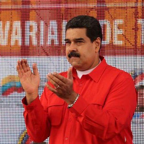 Maduro diz que não é inimigo dos padeiros nem do setor privado