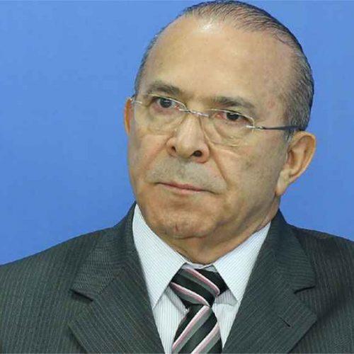 Padilha volta ao cargo de ministro na mira da Operação Lava-Jato