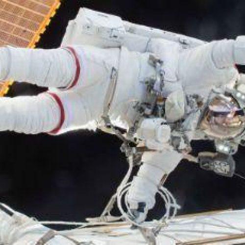 Rússia começa a selecionar astronautas para voos à lua