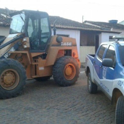 Rio do Antônio: Máquina roubada em São Paulo é encontrada em fazenda de vereador