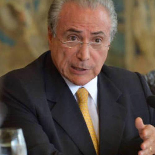 Senadores do PMDB pedem que Temer não sancione projeto da terceirização