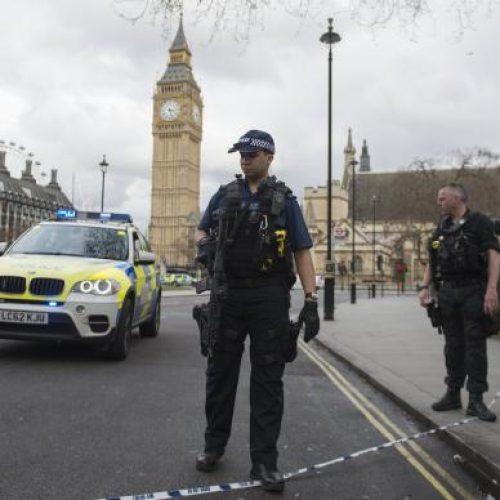 Tiroteio próximo ao Parlamento em Londres deixa vários feridos