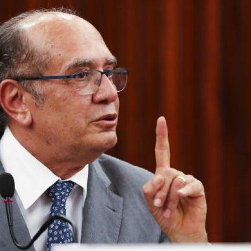 Gilmar Mendes critica mandato de dez anos para tribunais