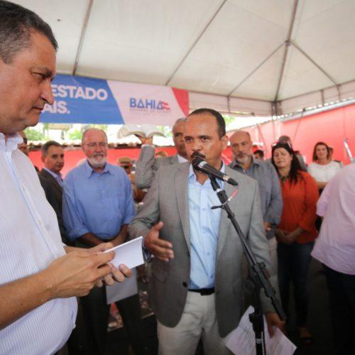 Elinaldo cobra obras do Estado em Camaçari