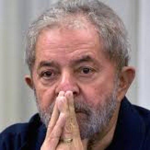 AGU pede rejeição de ação por dano moral movida por Lula contra delegado da PF