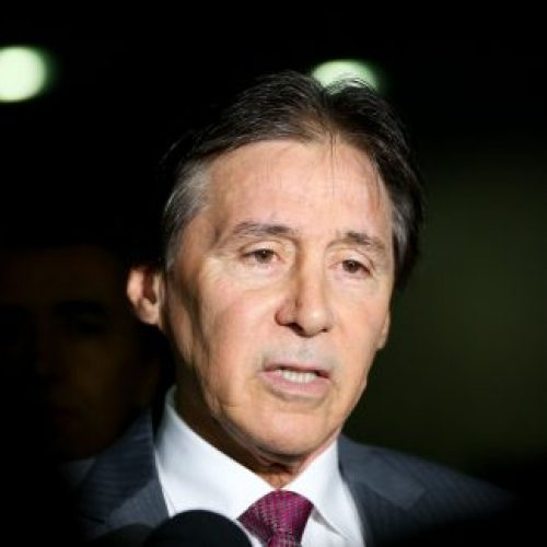 Reforma trabalhista será votada em regime de urgência, diz presidente do Senado