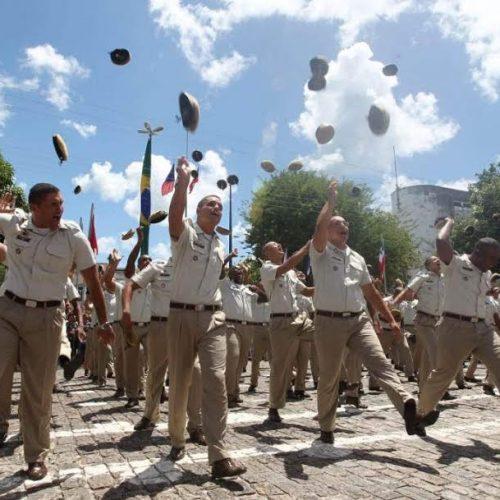 Governo paga R$ 5 milhões em prêmios para 6.363 policiais na Bahia