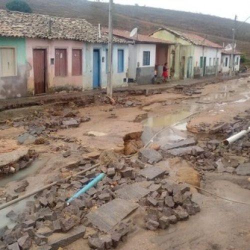 Chapada Diamantina: 94 famílias ficam desabrigadas depois de temporal em Lajedinho