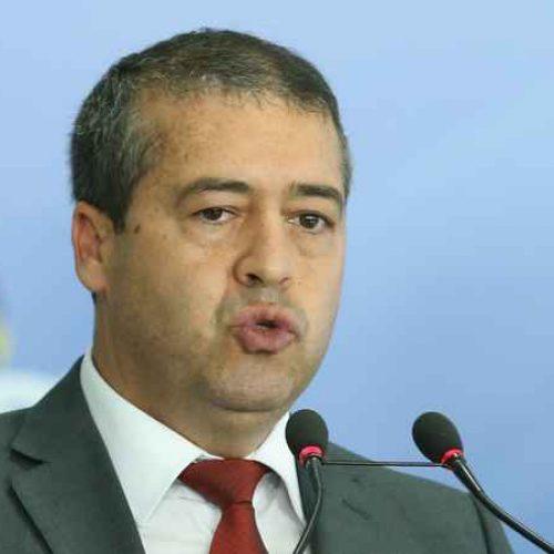 Ministro diz que não vê danos de direitos dos trabalhadores com a nova lei da terceirização