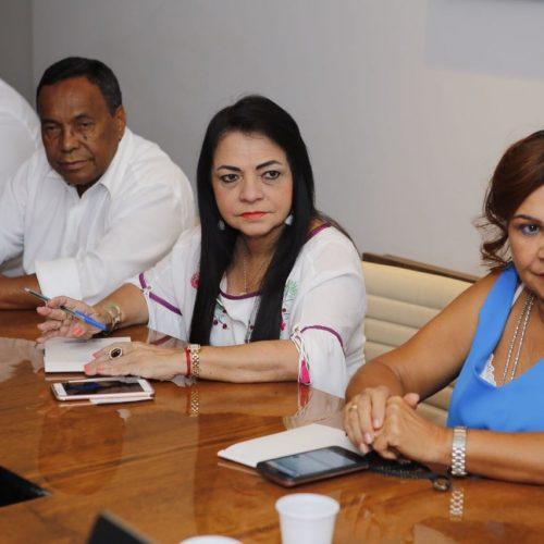 Moema Gramacho eleita por unanimidade para presidir Consórcio de Saúde