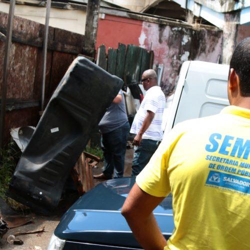 Operação retira mais oito sucatas após passar em sete localidades de Salvador