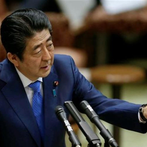 Premiê do Japão defende diplomacia para desarmar Coreia do Norte