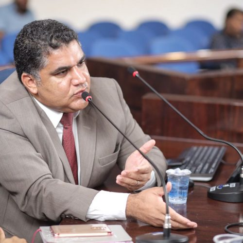 Camaçari: Presidente da Câmara discute sobre serviços de acolhimento a dependentes químicos