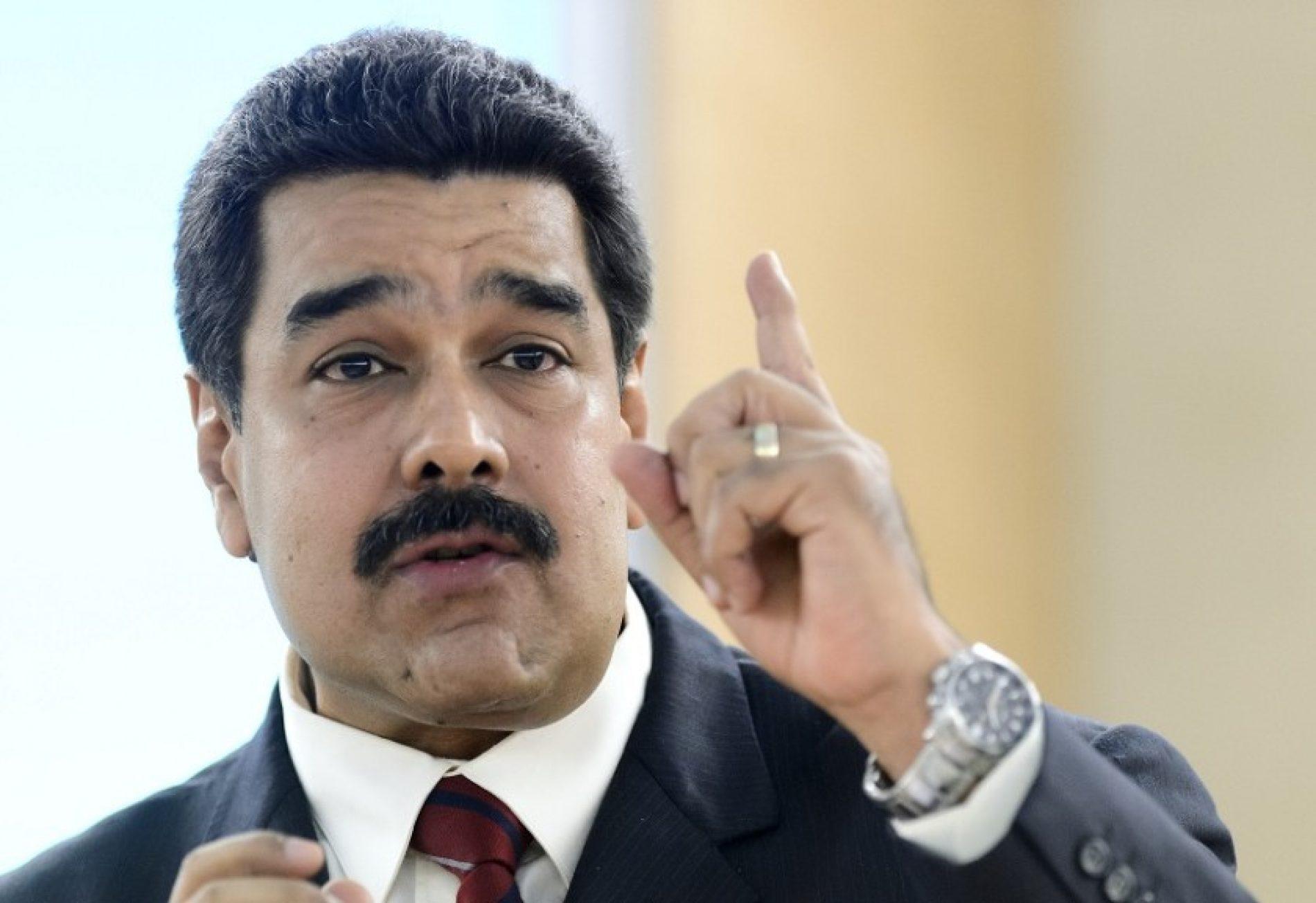 Maduro acusa Twitter de desativar milhares de contas de chavistas