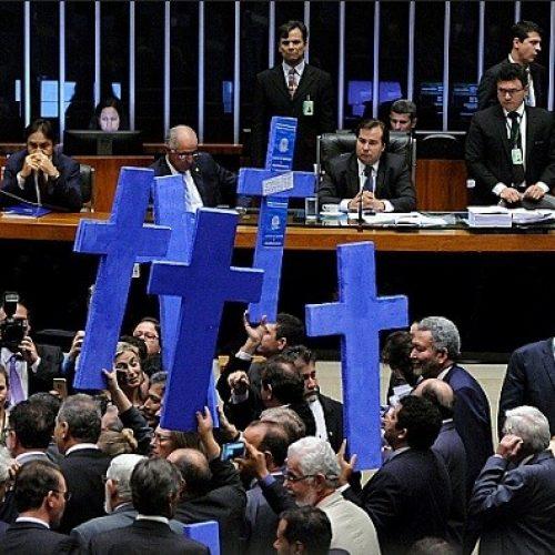 Saiba como votou cada deputado baiano no texto-base da polêmica reforma trabalhista