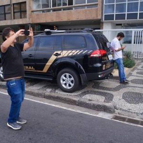 Ação da PF no gabinete de Aécio Neves já dura mais de duas horas
