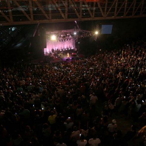 Comemoração de reabertura da Concha reúne artistas e grande público