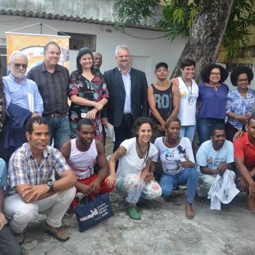 Comissão de Direitos Humanos conhece Programa Corra pro Abraço