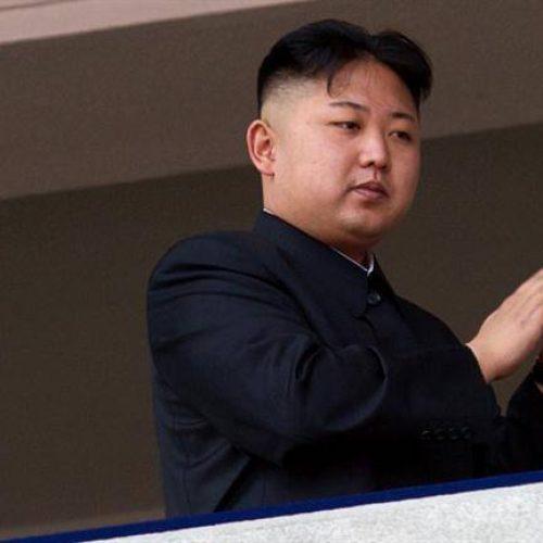 """Coreia do Norte confirma lançamento """"bem sucedido"""" de míssil balístico"""