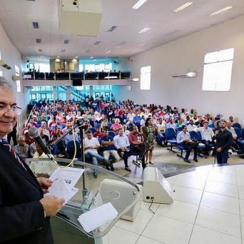Coronel participa, em Valença, de audiência  pública para debater cultura do cravo-da-índia