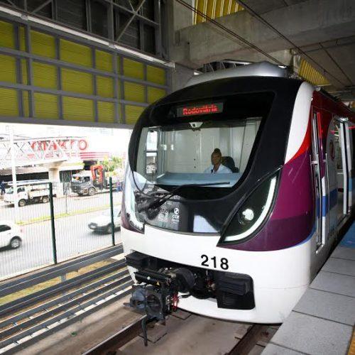 Funcionários da CCR são treinados para operar metrô na Paralela